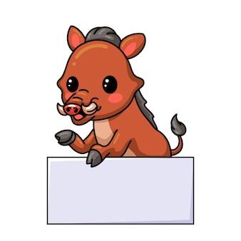 Niedliche kleine wildschweinkarikatur mit leerem zeichen