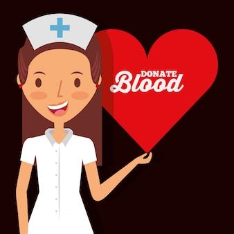 Niedliche krankenschwester, die herz hält, spenden blut