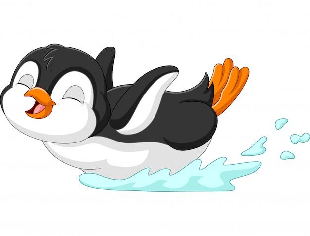 Niedliche pinguinkarikatur, die auf wasser schiebt
