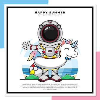 Niedliche zeichentrickfigur des astronauten, der bojen-einhorn am strand mit glücklichen sommergrüßen trägt