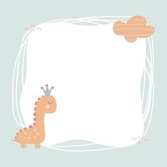 Niedlicher dinosaurier mit einem fleckrahmen im einfachen handgezeichneten cartoon-stil. vorlage für ihren text oder ihr foto. ideal für karten, einladungen, party, kindergarten, vorschule und kinder