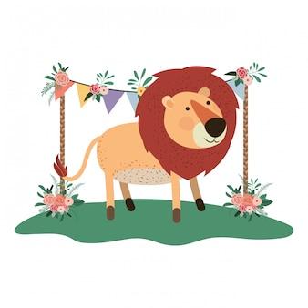 Niedlicher und entzückender löwe mit blumenrahmen