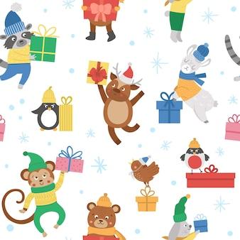 Niedliches vektornahtloses muster mit tieren in hüten, schals und pullovern mit geschenken und schneeflocken. winter lustiger hintergrund. weihnachten digitales papier. neujahrsdruck mit lächelnden charakteren