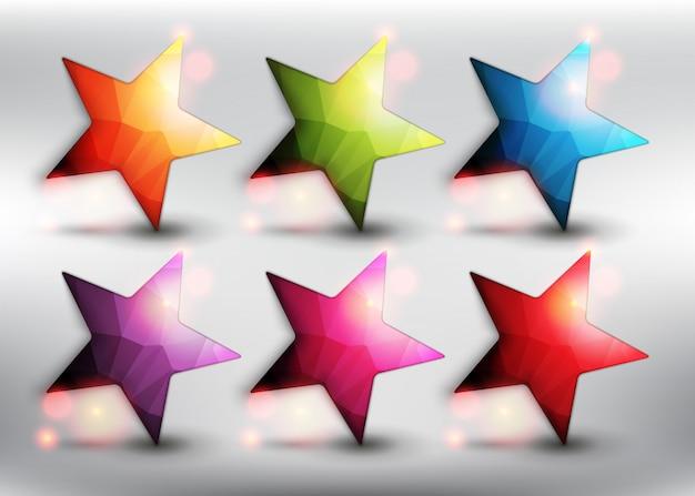 Niedrige sterne im poly-stil in 6 verschiedenen farben. sternsymbole. auf dem weißen hintergrund isoliert.