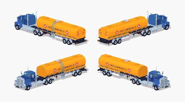 Niedriger blauer poly-lkw mit dem orangefarbenen kraftstofftank