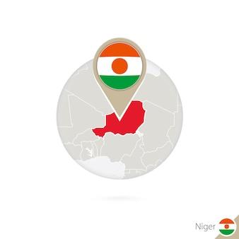 Niger-karte und flagge im kreis. karte von niger, niger-flaggenstift. karte von niger im stil der welt. vektor-illustration.