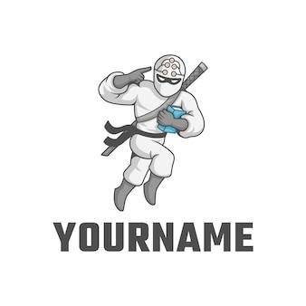 Ninja mit buch, schwert und cleverem ninja-zeichen auf dem kopflogo. zeichenlogo.
