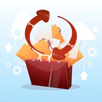 Öffnen sie aktenkoffer-papierdokumenten-wolken-speicher-datenbank-synchronisations-geschäfts-konzept