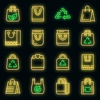Öko-tasche icons set. umrisse von öko-taschenvektorsymbolen neonfarbe auf schwarz