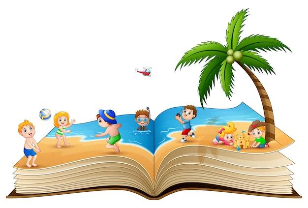 Offenes buch mit der gruppe kinder, die auf tropischem strand spielen