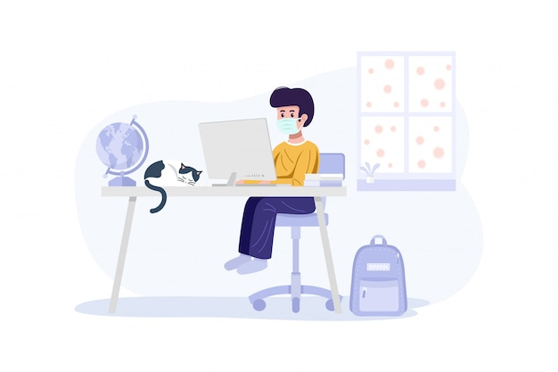 Online-bildungskonzept. ein junge, der gesichtsmaske trägt und mit computer zu hause lernt.