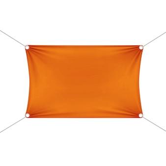 Orange leere leere horizontale rechteckige fahne mit eckenseilen.