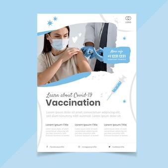 Organische flache coronavirus-impf-flyer-vorlage