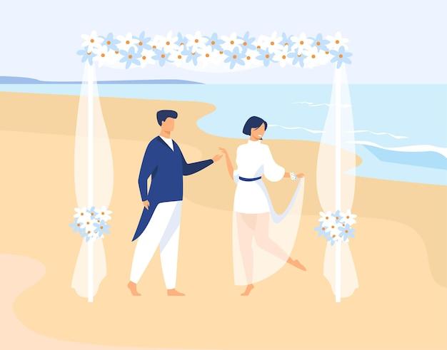 Paar, das auf tropischer insel heiratet. bräutigam und braut auf hochzeitszeremonie auf see