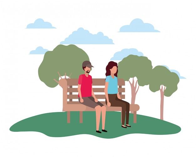 Paare, die auf parkstuhl mit spracheblasen sitzen