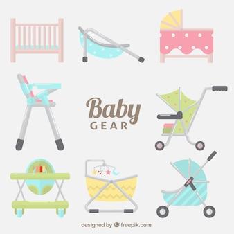 Packen sie mit verschiedenen zubehör für baby