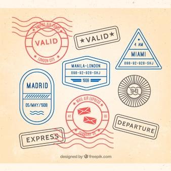 Packung mit farbigen briefmarken von reisen