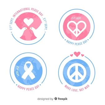 Packung mit flachen peace day-abzeichen