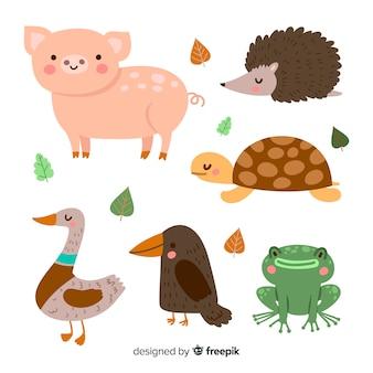 Packung mit niedlichen illustrierten tieren