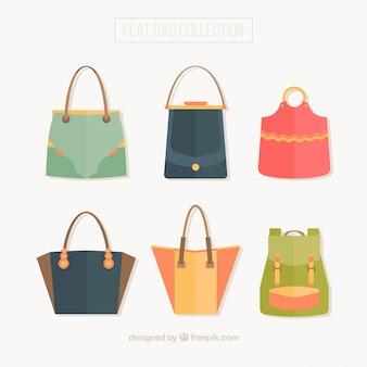 Packung mit schönen taschen in flachen stil