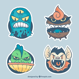 Packung mit verrückten monstercharakteren