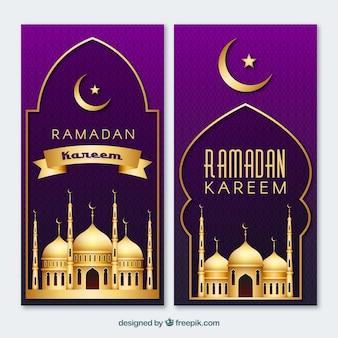 Packung ramadan banner mit goldenen moscheen