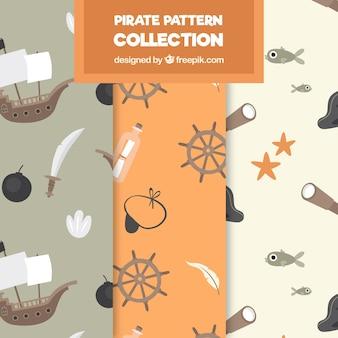 Packung von mustern mit piratenobjekten