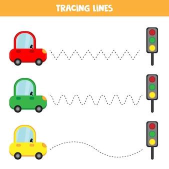 Pädagogisches arbeitsblatt für kinder im vorschulalter. linien verfolgen. bunte autos. auto eingestellt.