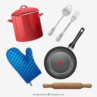 Pan mit besteck und anderen elementen