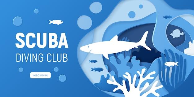 Papier geschnittener unterwasserhintergrund mit korallenriffen.