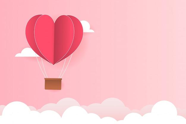 Papierartliebe des valentinstags, ballon, der über wolke mit herzfloss auf den himmel, paarflitterwochen fliegt