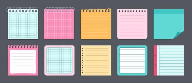 Papieraufkleber notieren flaches set. notizblöcke und notiznachrichten für die notizbuchsammlung. leere notizen mit planungselementen.