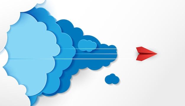 Papierflieger sind konkurrenz zum ziel bis in die wolken und der himmel geht zum erfolgsziel finanziell