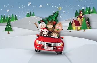 Papierkunst von frohen Weihnachten und von Winter mit Kindern auf rotem Auto Im Dorf.