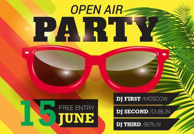 Party, open air, schriftzug am 15. juni mit roter sonnenbrille. sommer einladung