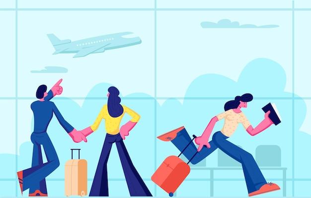 Passagiere am flughafen machen urlaub. glückliches junges paar mit gepäck, das flug im terminal wartet. frau, die tickets und koffer-eile auf flugzeugbrett, reisende karikatur-flache vektor-illustration hält