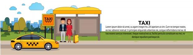 Passagiere, die auf taxi-auto auf taxistations-stadttransportservice-horizontaler fahnenschablone warten
