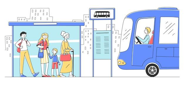 Passagiere warten auf bus und stehen an der bushaltestelle
