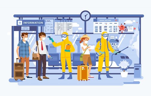 Passagiergesundheitskontrolle und sprühen des desinfektionsmittels am flughafen, passagier mit maske und offizier mit schutzanzug