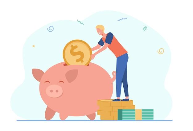 Person, die geld spart. glücklicher mann, der münzen zum sparschwein einführt. karikaturillustration