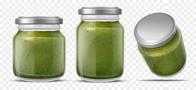 Pestosoße im realistischen vektorsatz der glasgefäße