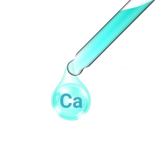Pipettenschlauch, realistic cosmetic dropper und vitamin calciumöl für hautpflege- und schönheitsartikel isoliert