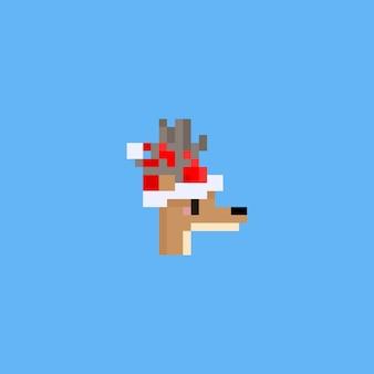 Pixel hirschkopf mit weihnachtsmütze.