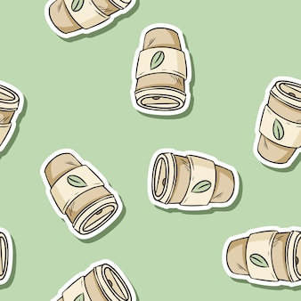 Plastikbecher nahtlose muster. hand gezeichneter wiederverwendbarer kaffee, zum der schale zu gehen. ökologisches und abfallfreies produkt. geh grün