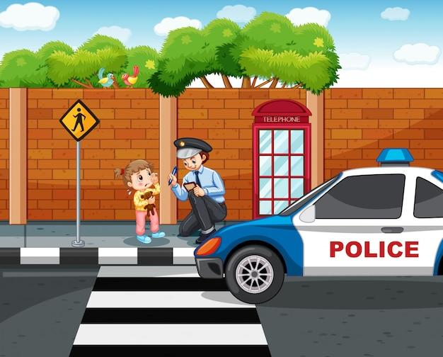 Polizist und verlorenes mädchen in der stadt