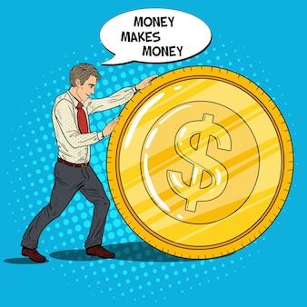 Pop-art-geschäftsmann rollt golddollar-münze. geschäftlicher erfolg.