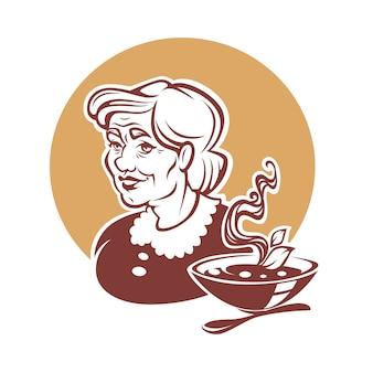 Porträt der schönen großmutter und hausgemachte suppe
