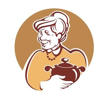 Porträt der schönen großmutter und hausgemachtes essen
