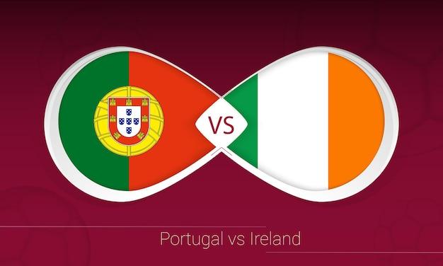 Portugal gegen irland im fußballwettbewerb, gruppe a. versus-symbol auf fußballhintergrund.