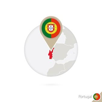Portugal-karte und flagge im kreis. karte von portugal, portugal-flaggenstift. karte von portugal im stil der welt. vektor-illustration.